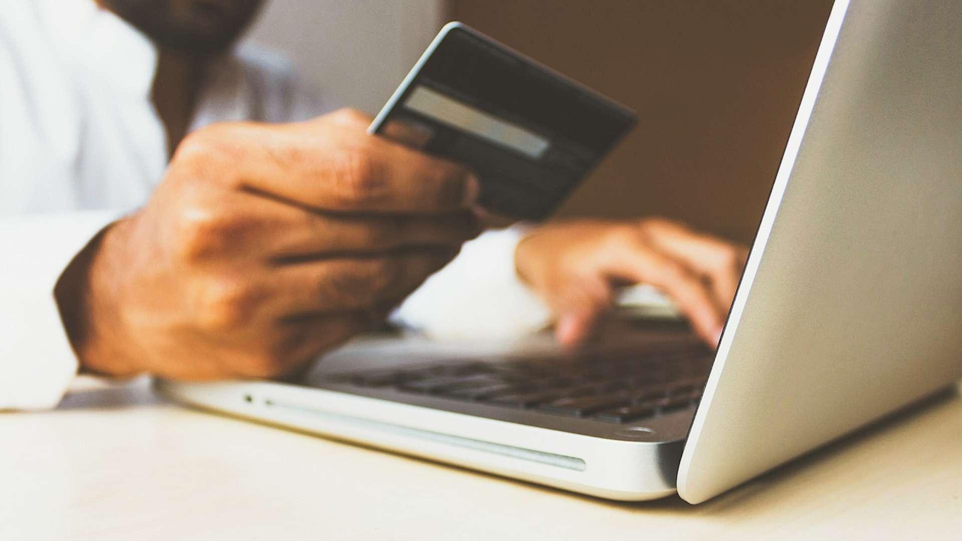 Számlabefizetés otthonról